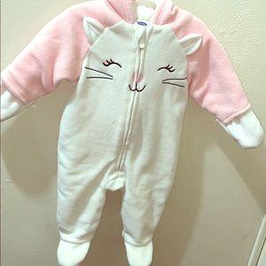 Old Navy 0-3 Months Infant pink snow onesie